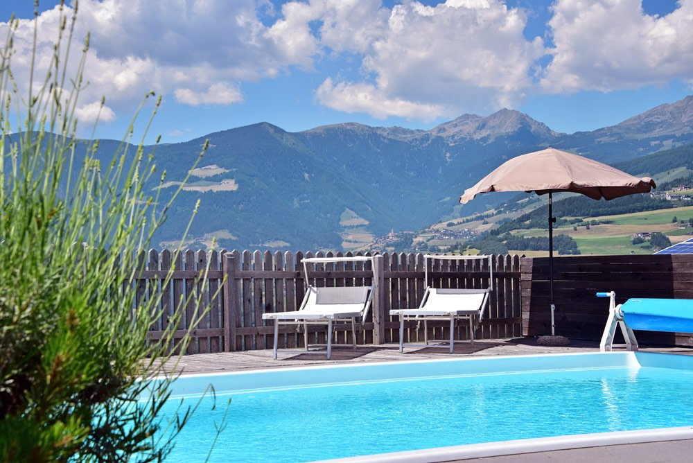 Urlaub auf dem Bauernhof mit Schwimmbad - Panoramaaussicht inklusive
